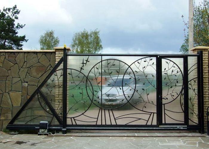 Ворота из поликорбината