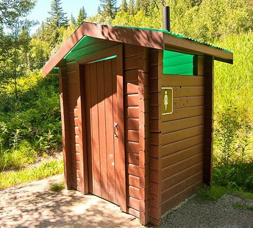 Туалет с унитазом на даче- 4 вида, инструкция по самостоятельному монтажу