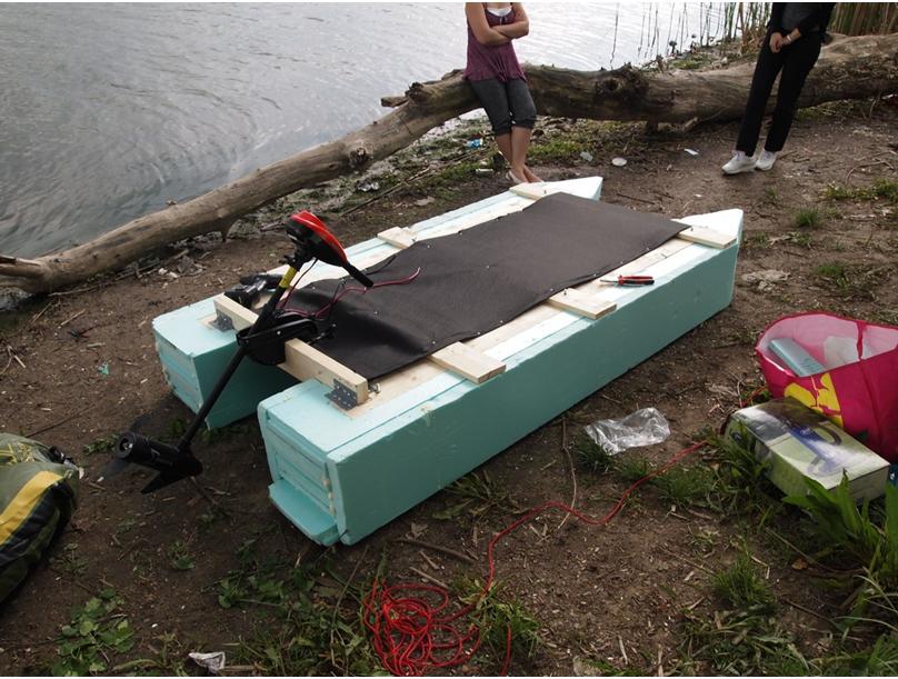 Лодка из пенопласта