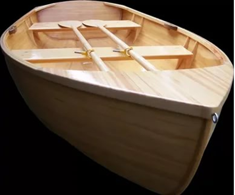 Готовая лодка с веслами