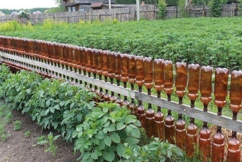 Заборчики из пластиковых бутылок
