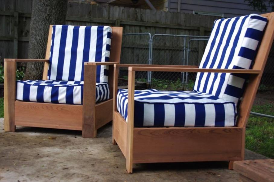 Летняя веранда с креслами