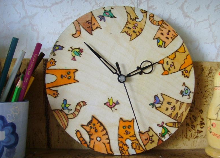Часы с рисунком