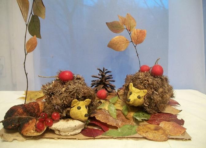 Осенний планшет с ежиками
