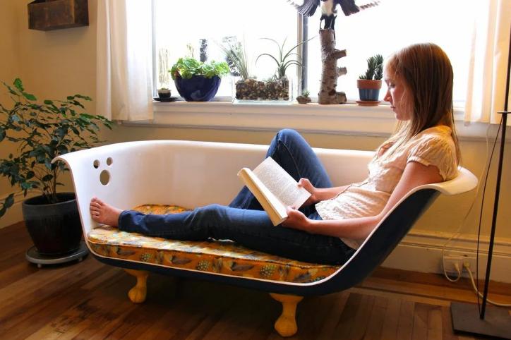 ванна в качестве дивана