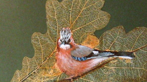 Птичка на веточке