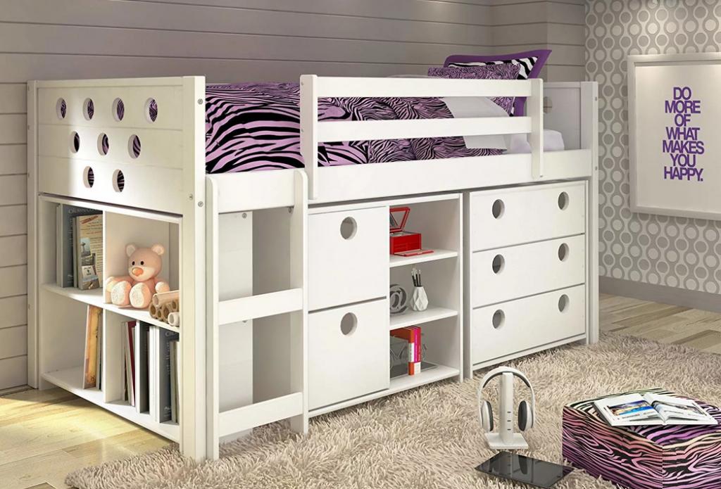 Кровать на ящиках