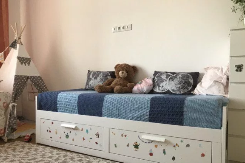 Кровать с ящиками