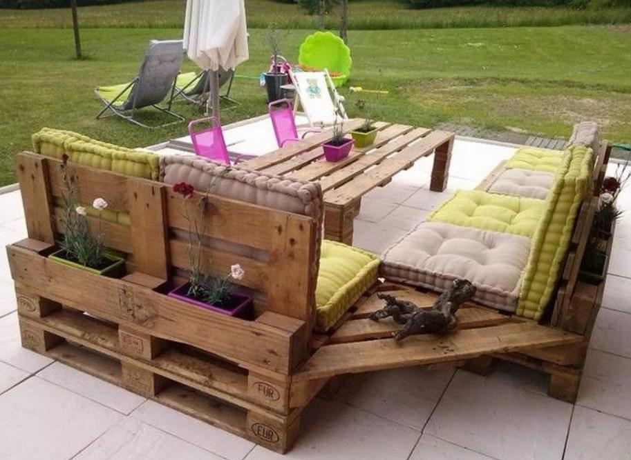 Кресла с отделами для цветов
