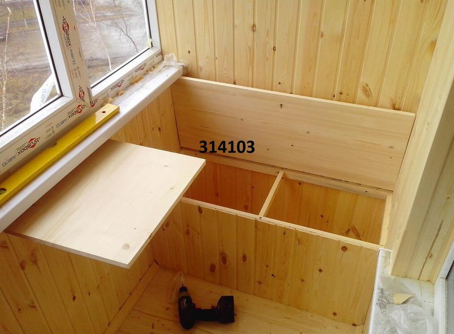 Отдельная ниша под шкафом