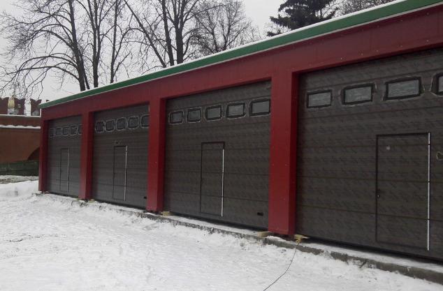 Тройной гараж