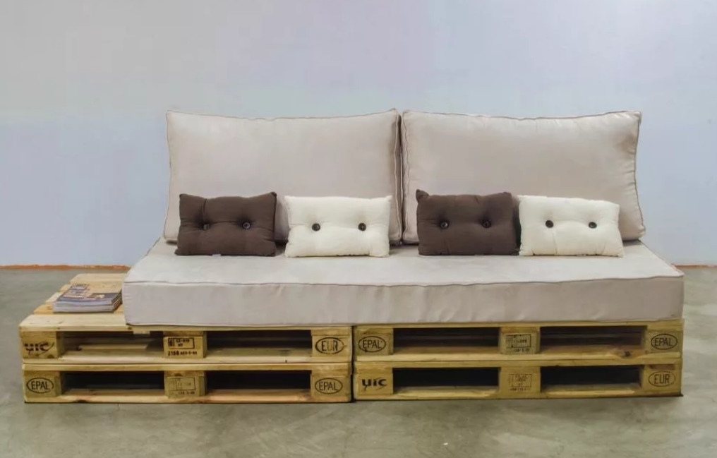 Удлиненный диван