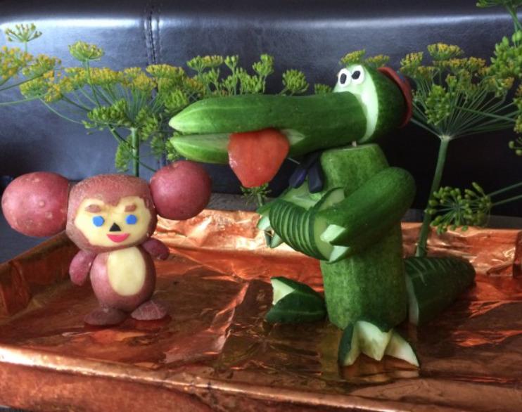 Как научиться вырезать фигурки из фруктов и овощей